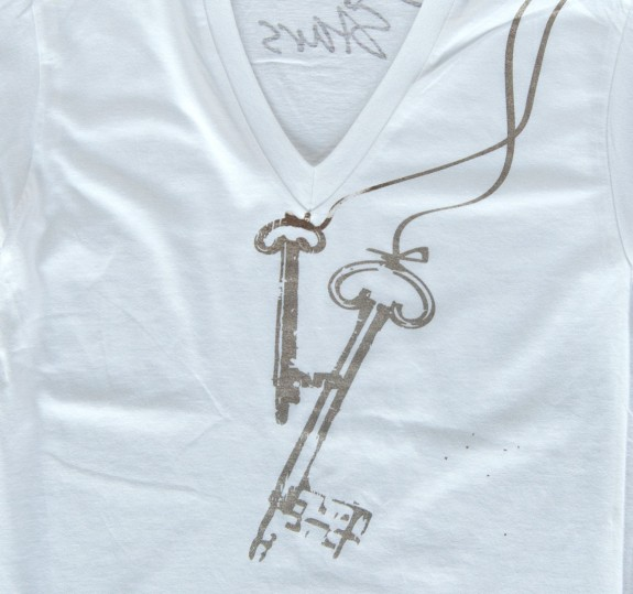 Keys V-Neck Shirt