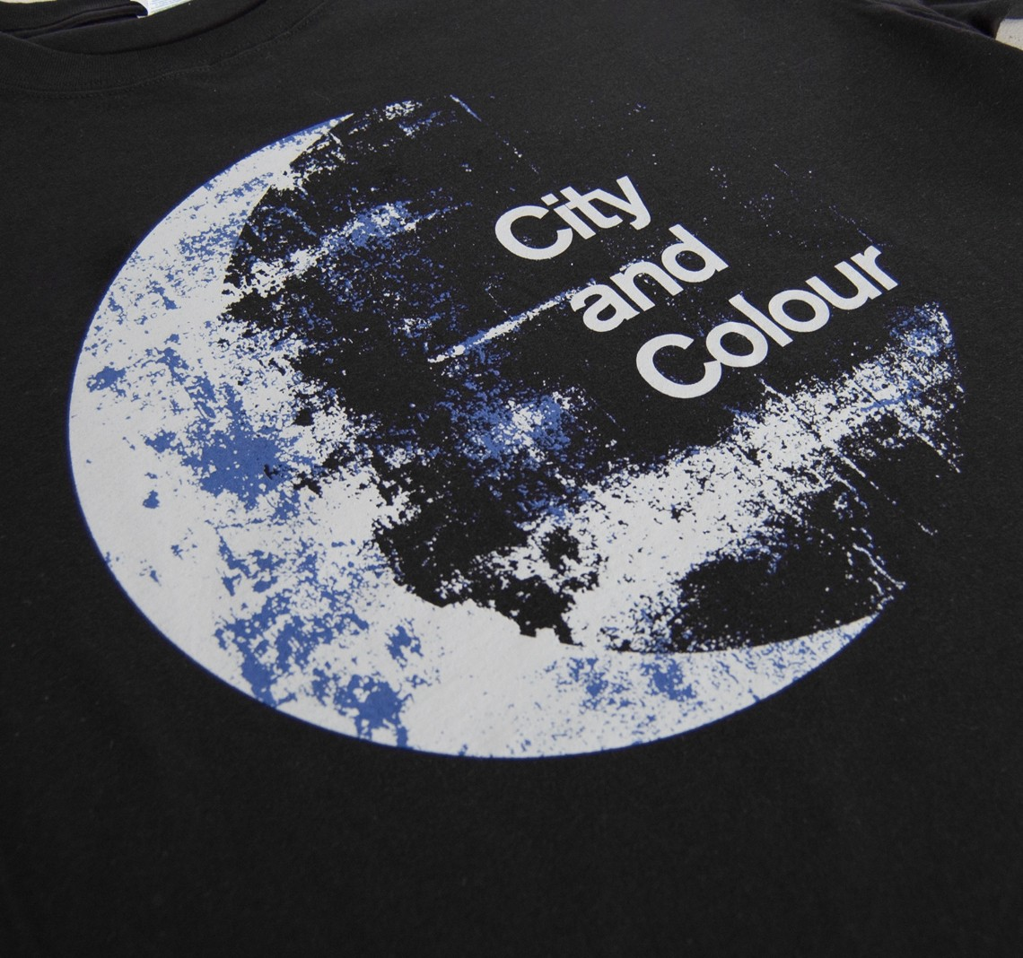 men 39 s moon t shirt black apparel city and colour online store. Black Bedroom Furniture Sets. Home Design Ideas